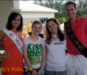 Miss Delaware and friends help with Community walk fundraiser